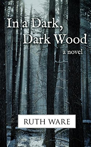 9781410484987: In a Dark, Dark Wood