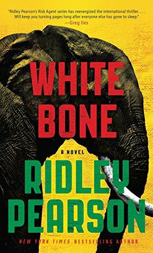 9781410491527: White Bone (A Risk Agent Novel)