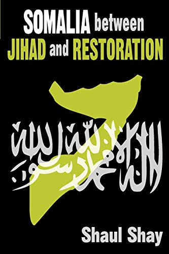 9781412814973: Somalia Between Jihad and Restoration