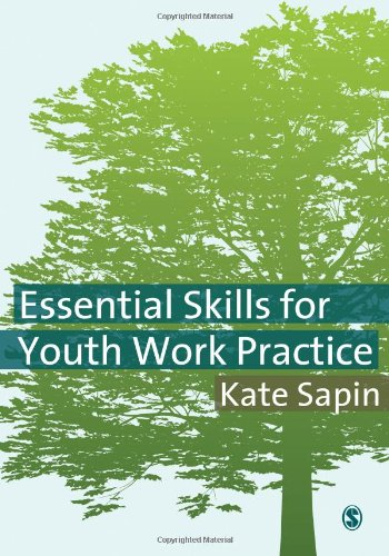 9781412930932: Essential Skills for Youth Work Practice: