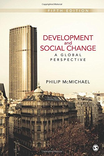 9781412992077: Development and Social Change: A Global Perspective Fifth Edition (Sociology for a New Century)