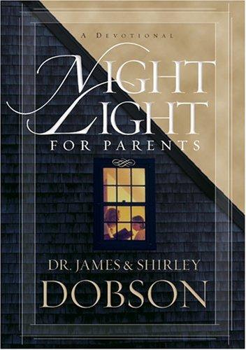 9781414317519: Night Light for Parents: A Devotional
