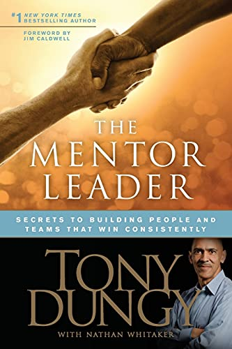 9781414338064: The Mentor Leader PB