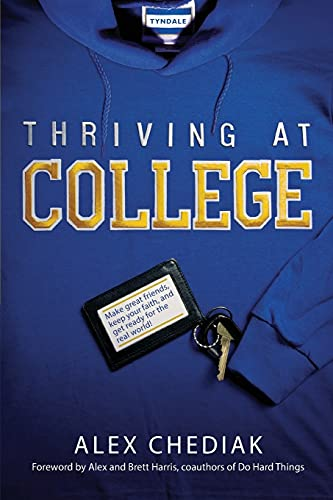 9781414339634: THRIVING AT COLLEGE PB