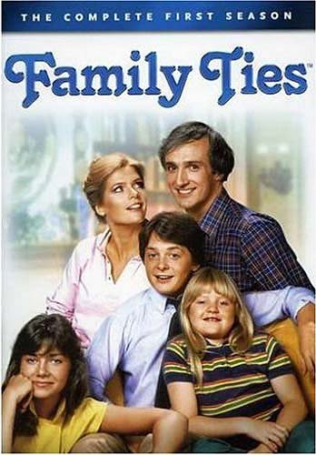 9781415706671: Family Ties: The Complete First Season