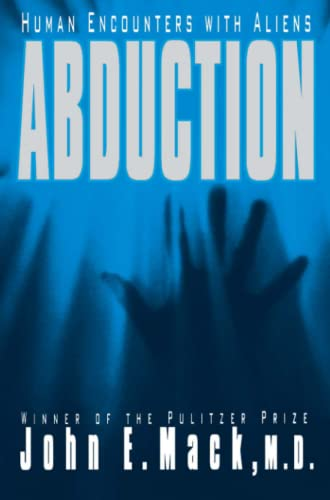 9781416575801: Abduction: Human Encounters with Aliens