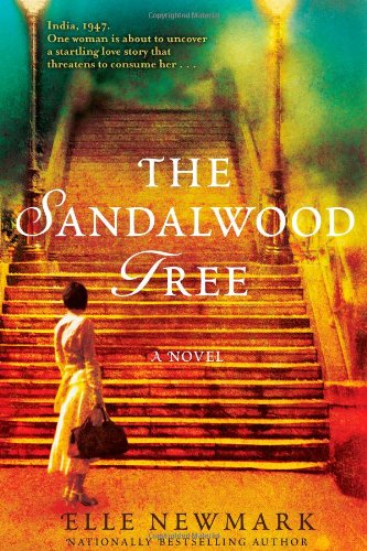 9781416590590: The Sandalwood Tree: A Novel