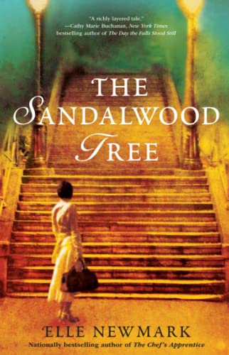 9781416590606: The Sandalwood Tree: A Novel