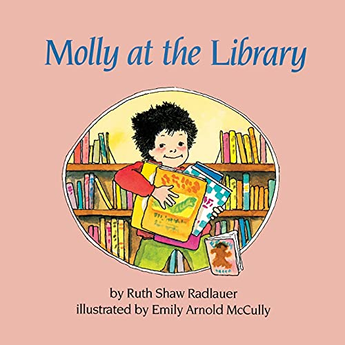 9781416968351: Molly at the Library