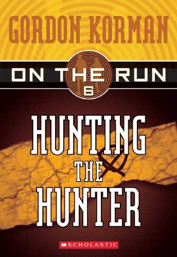 9781417693436: Hunting The Hunter (Turtleback School & Library Binding Edition) (On the Run (Scholastic Pb))