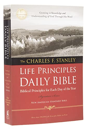 9781418548858: NASB, Charles F. Stanley Life Principles Daily Bible, Paperback