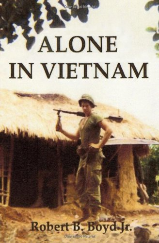 9781419686412: Alone in Vietnam