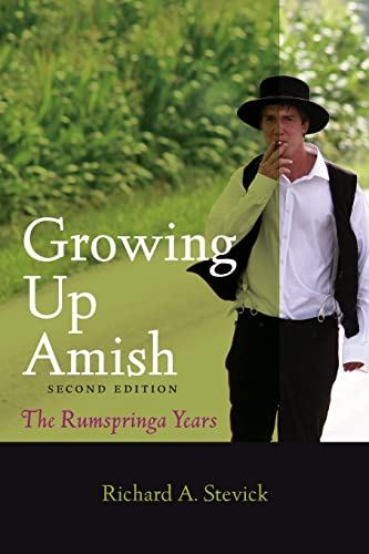 9781421413716: Growing Up Amish: The Rumspringa Years (Young Center Books in Anabaptist and Pietist Studies)