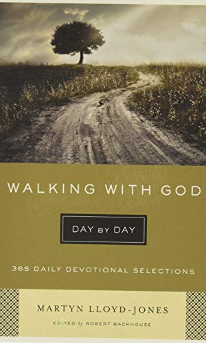 9781433541827: Walking with God Day by Day: 365 Daily Devotional Selections