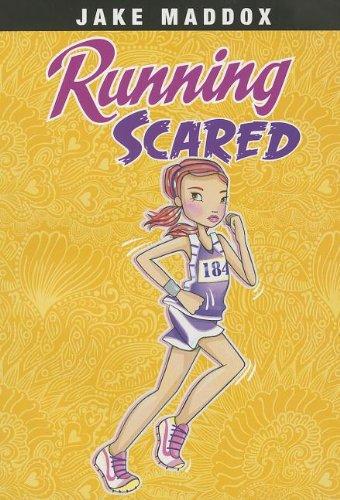 9781434242037: Running Scared (Jake Maddox Girl Sports Stories)