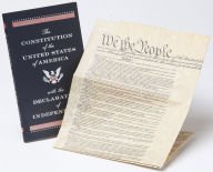 9781435146679: The Constitution of the United States of America with the Declaration of Independence: Deluxe Edition