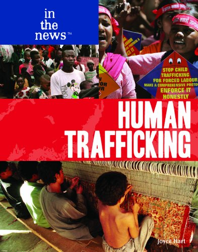 9781435853669: Human Trafficking (In the News)