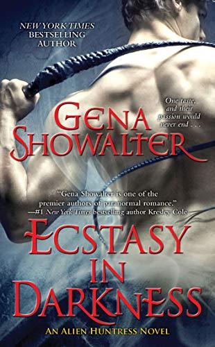 9781439175774: Ecstasy in Darkness (Alien Huntress, Book 5)