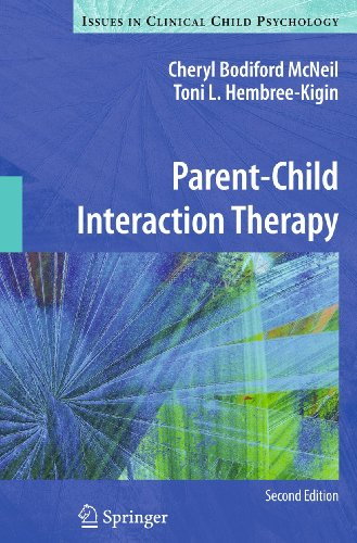 9781441995759: Parent-Child Interaction Therapy (Issues in Clinical Child Psychology)