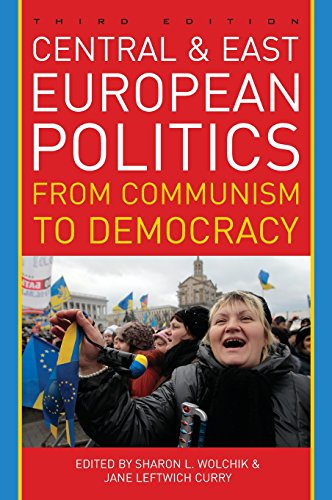 9781442224209: Central and East European Politics: From Communism to Democracy