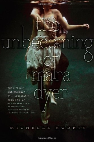 9781442421769: The Unbecoming of Mara Dyer (The Mara Dyer Trilogy)