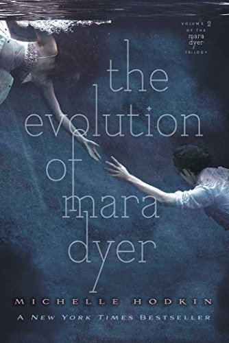 9781442421806: The Evolution of Mara Dyer (The Mara Dyer Trilogy)