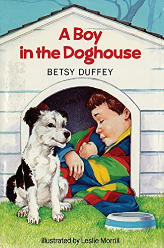 9781442452268: Boy in the Doghouse