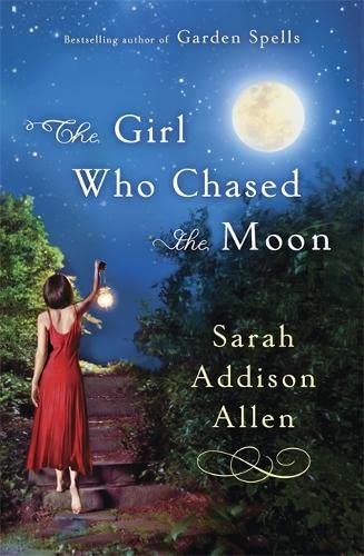 9781444706628: The Girl Who Chased the Moon
