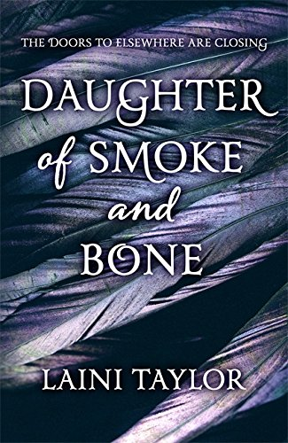 9781444722628: Daughter of Smoke and Bone