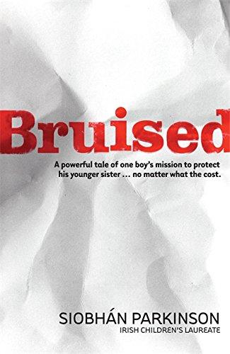 9781444904567: Bruised