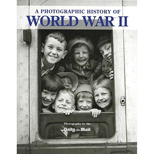 9781445439686: Photographic History of World War II