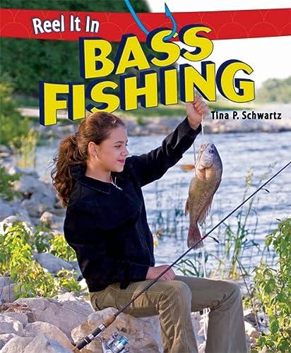 9781448863617: Bass Fishing (Reel It in (Paperback))