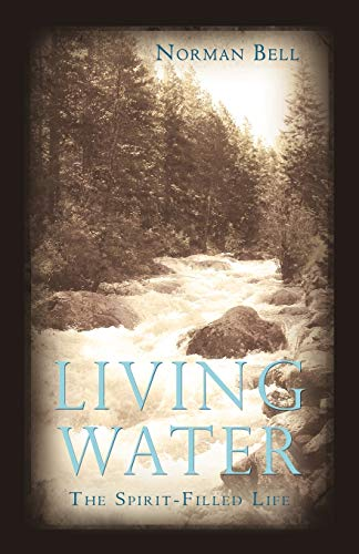 9781450200356: Living Water