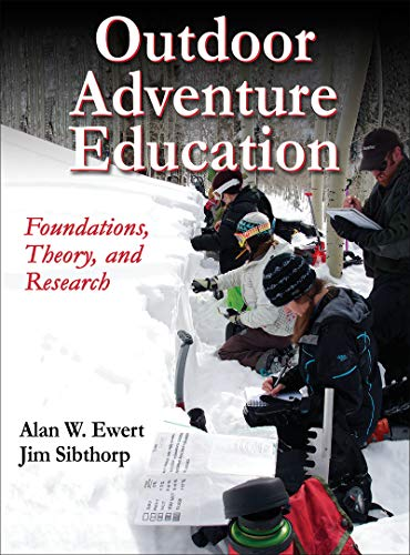 9781450442510: Outdoor Adventure Education: Foundations, Theory and Research