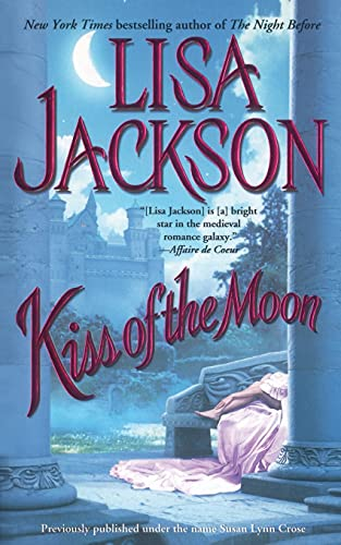 9781451641639: Kiss of the Moon