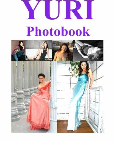9781453636282: Yuri Photobook
