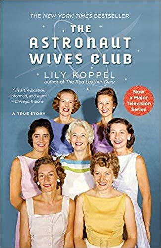 9781455503247: The Astronaut Wives Club: A True Story
