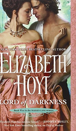 9781455508303: Lord of Darkness (Maiden Lane, Book 5)