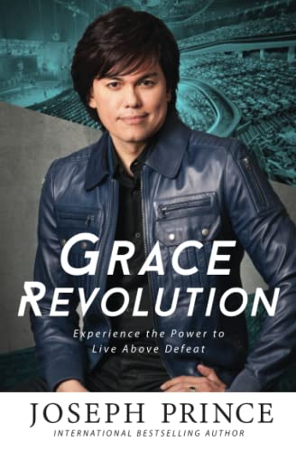 9781455561308: Grace Revolution: Experience the Power to Live Above Defeat