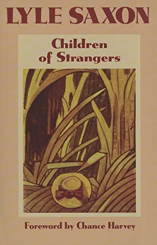 9781455615421: Children of Strangers
