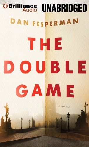 9781455876075: The Double Game