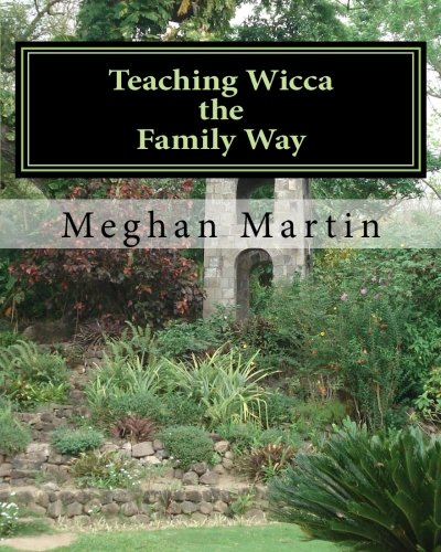 9781456310769: Teaching Wicca the Family Way: a guide