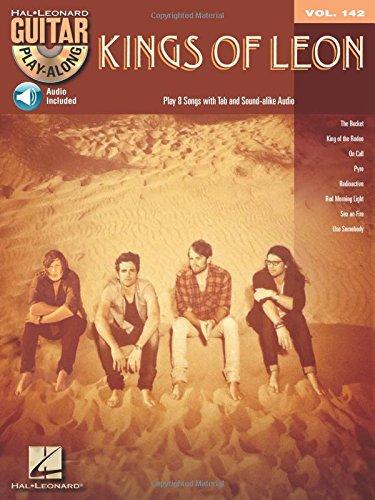 9781458407375: Kings Of Leon - Guitar Play-Along Volume 142 (Book/Cd)