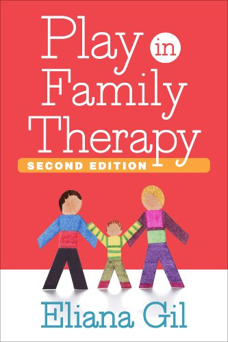 9781462517497: Play in Family Therapy, Second Edition
