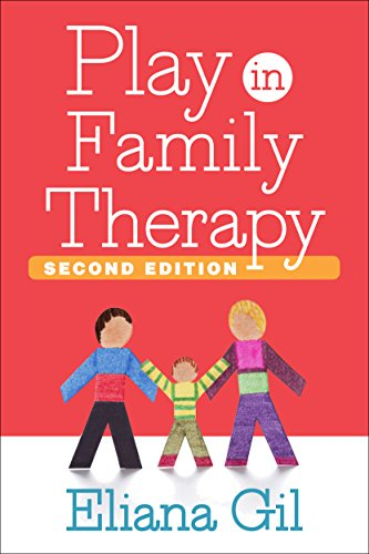 9781462526451: Play in Family Therapy, Second Edition