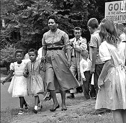 9781463101671: A Child Shall Lead Them (The Desegregation of the Nashville Public Schools, 1957) - Educational Version with Public Performance Rights