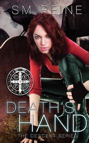 9781467977517: Death's Hand (Descent)
