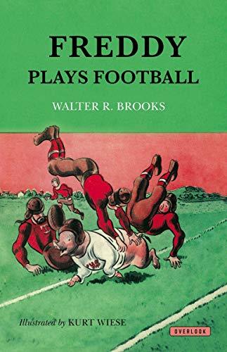 9781468306675: Freddy Plays Football (Freddy the Pig)