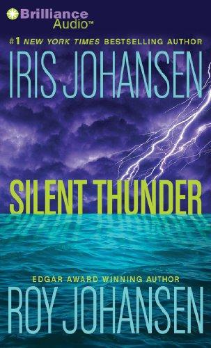 9781469235073: Silent Thunder