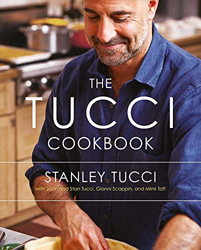 9781471114434: The Tucci Cookbook: Family, Friends and Food
